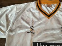 Global Classic Football Shirts | 1998 Hull City Vintage Old Soccer Jerseys